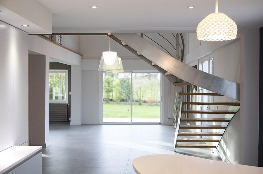 budget renovation maison awesome cuisine bois naturel u creteil cuisine bois naturel creteil. Black Bedroom Furniture Sets. Home Design Ideas